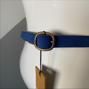 Levi's Womens S / M Blue Suede Skinny Leather Belt